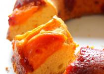 Gâteau renversé s-u-c-r-é du Soleil: Abricots Caramélisés, Vanille et Fleur d'Oranger