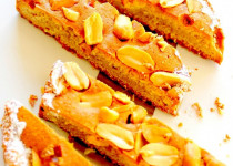 Gâteau moelleux aux Ca'huètes