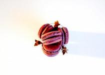 maC'aron Chocolat, Anis étoilé & Liqueur de Myrtilles